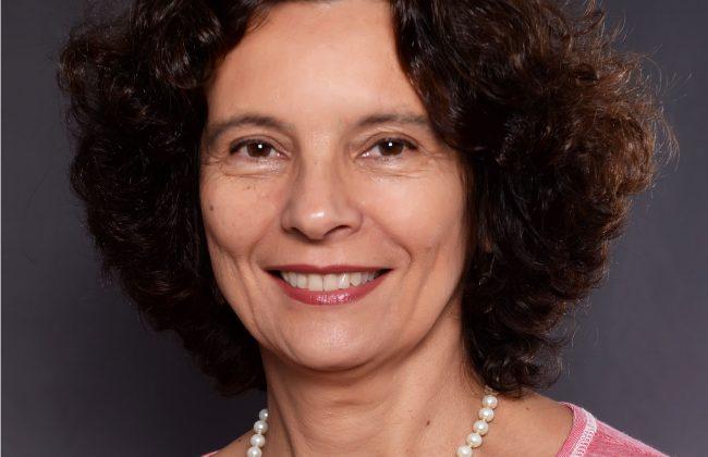 (Português do Brasil) Barbara Musumeci Mourão