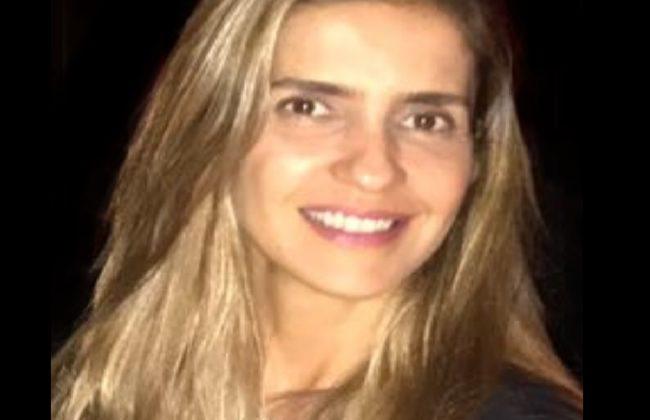 (Português do Brasil) Cláudia R. B. Faveret Cavalcanti